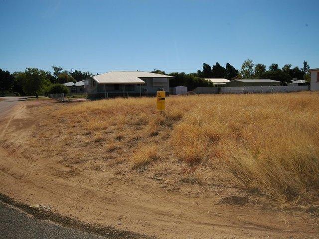 2 Stilt Street, Longreach QLD 4730