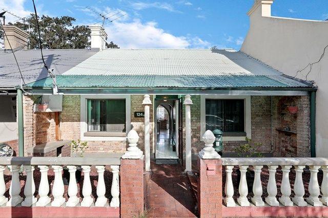 124 Lennox Street, NSW 2042