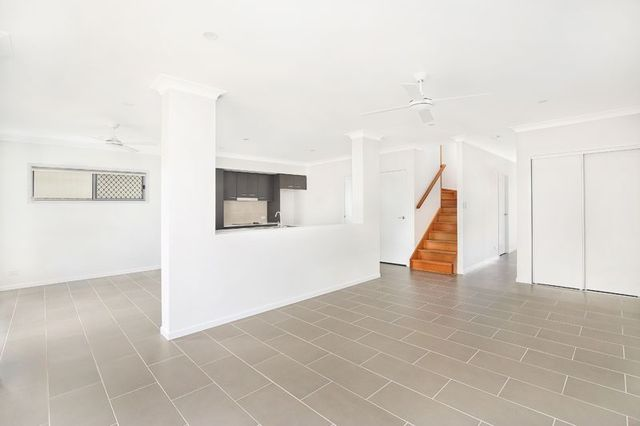 6 Bluff Street, Birtinya QLD 4575