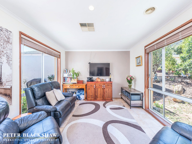2/78a Charterisville Avenue, ACT 2906