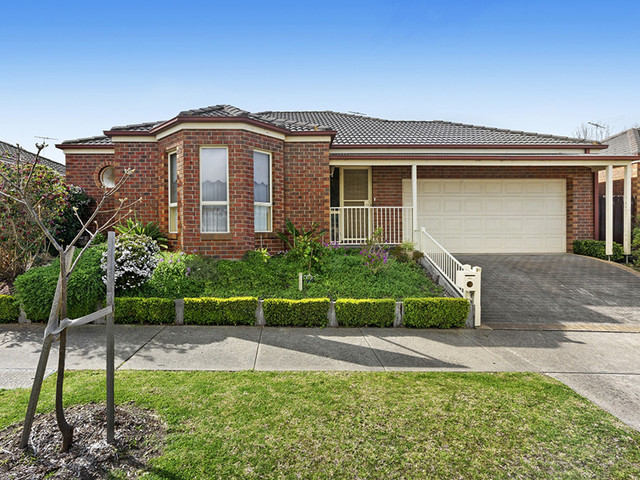 20 Molesworth Drive, Highton VIC 3216