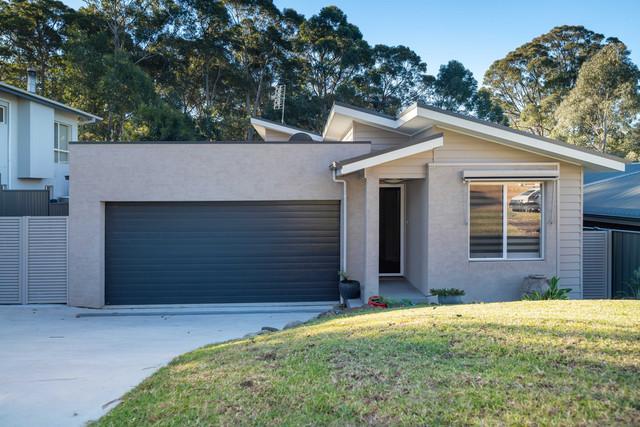 11 Litchfield Crescent, NSW 2536