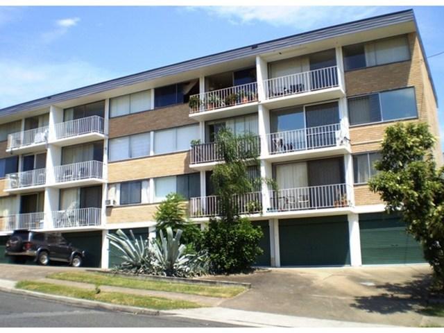 12/223 Cavendish Road, Coorparoo QLD 4151