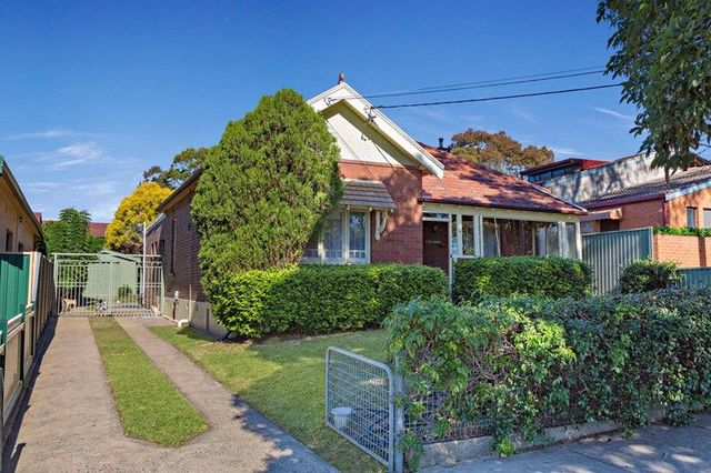 5 King Street, Enfield NSW 2136