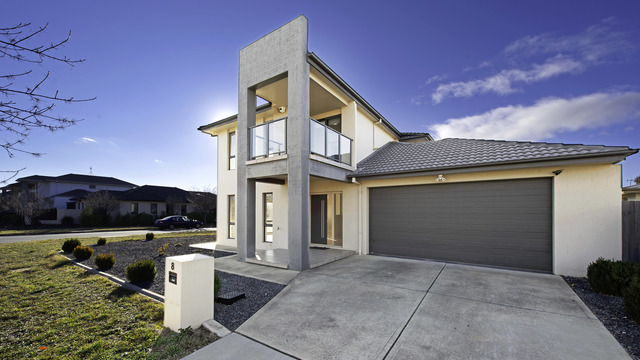 8 Amy Witting Street, ACT 2913