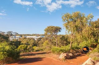 Unit 11/26 Yallingup Beach Road (Caves Ridge)