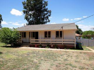 24 Ziegler Avenue Kooringal NSW 2650