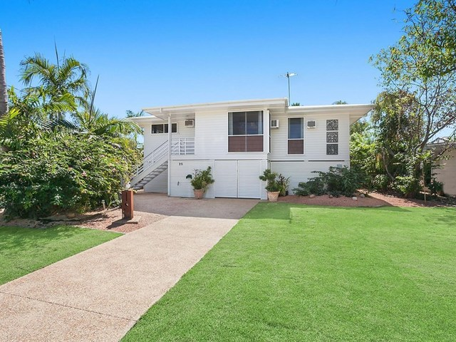 25 Sallows Street, Pallarenda QLD 4810