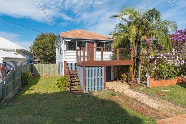 21 Queen Street, Scarborough QLD 4020