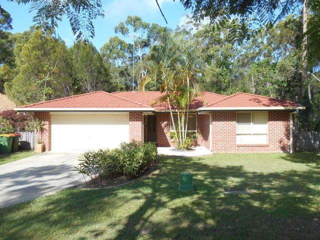 19 Applegum Street, Noosaville QLD 4566