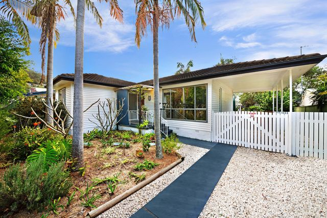 33 Karloo Road, Umina Beach NSW 2257