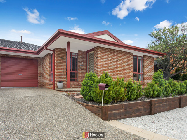 10 Clara Close, Amaroo ACT 2914