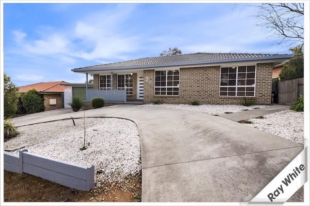 36 Hellmund Street, Queanbeyan West NSW 2620