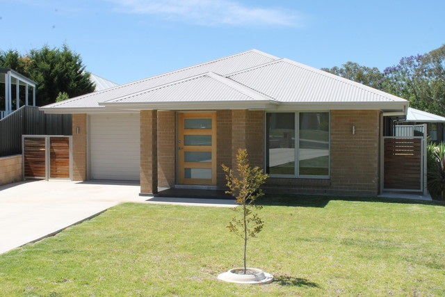 7a Stainfield Drive, Inverell NSW 2360