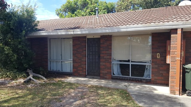 4/21-23 Airlie Bank Road, Morwell VIC 3840