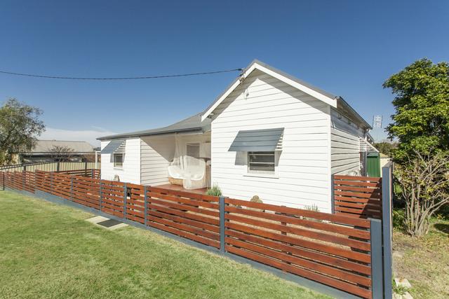 33 Glenroy Street, NSW 2322