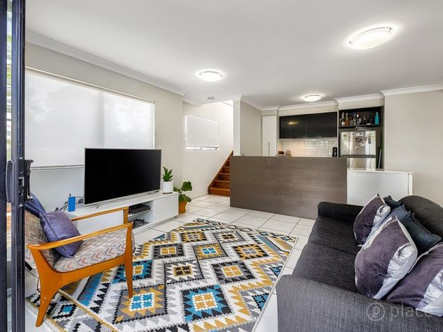 3/36 Tenth Ave, QLD 4030