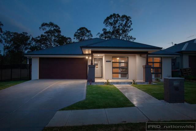 18 Ainsworth Cres, NSW 2335
