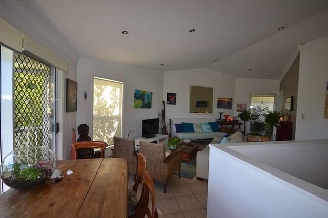 3/2 Advance Place, Sunrise Beach QLD 4567