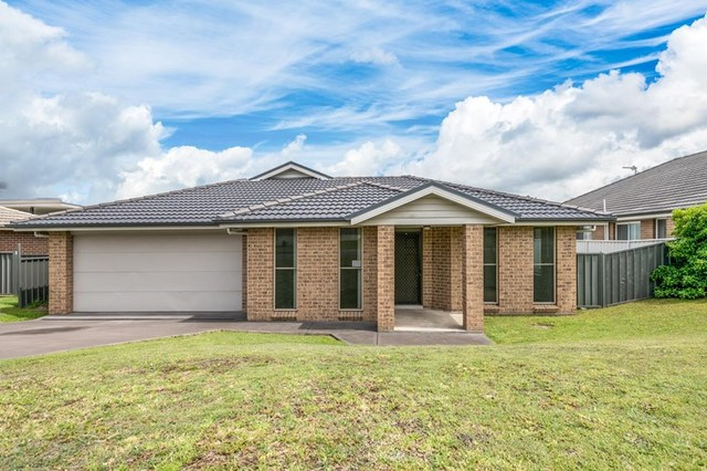 11 York  Place, Raworth NSW 2321
