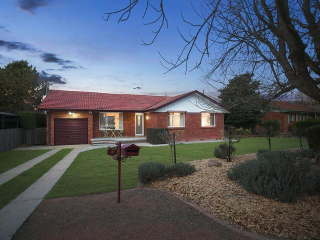 3 Leake Place, Curtin ACT 2605
