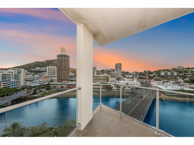 1101/2 Dibbs Street, South Townsville QLD 4810