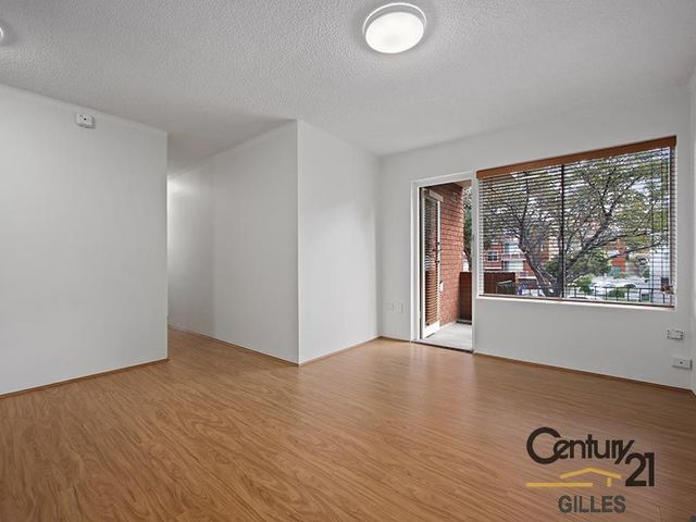 2/4 James Place, NSW 2036