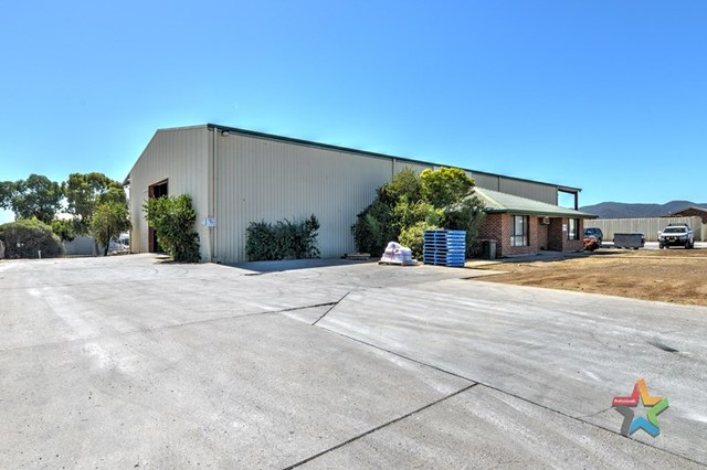 20-24 Hume Street, Tamworth NSW 2340