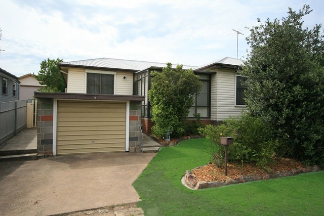 9 Vindin St, Rutherford NSW 2320
