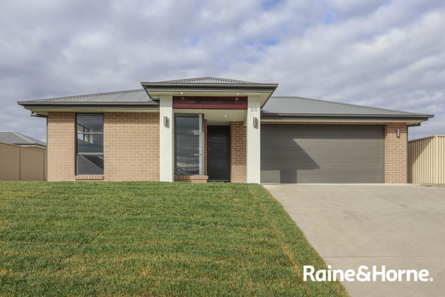 55 Emerald Drive, Kelso NSW 2795