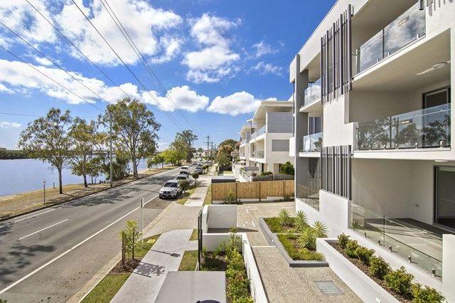 305 Bradman Avenue, Maroochydore QLD 4558