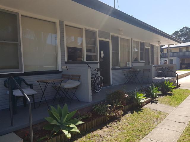 2/27 Wharf Rd, Surfside NSW 2536