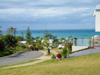 2 Beachview Drive