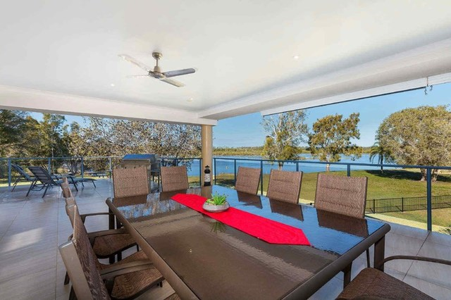 2/7 Mount View Parade, Tuncurry NSW 2428