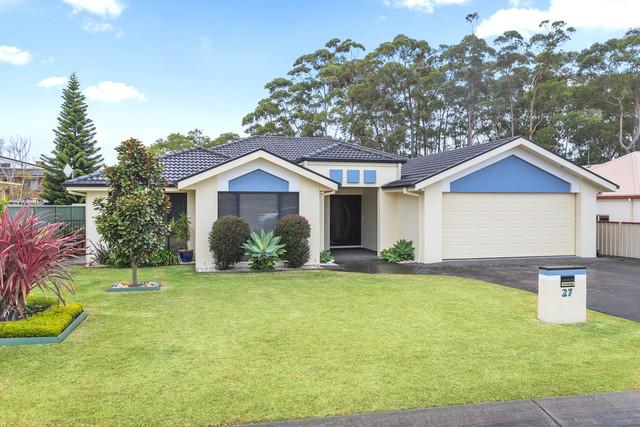 27 Walpole Avenue, Ulladulla NSW 2539