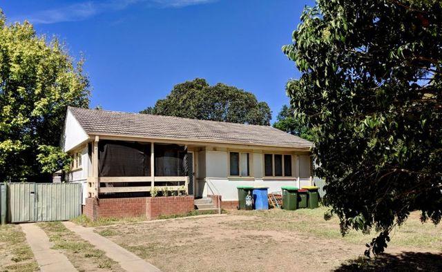 10 Buna Street, Ashmont NSW 2650