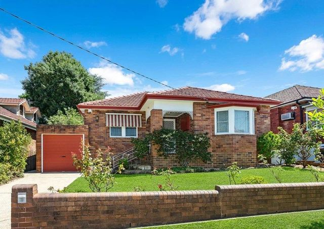 6 Rose Ave, Concord NSW 2137