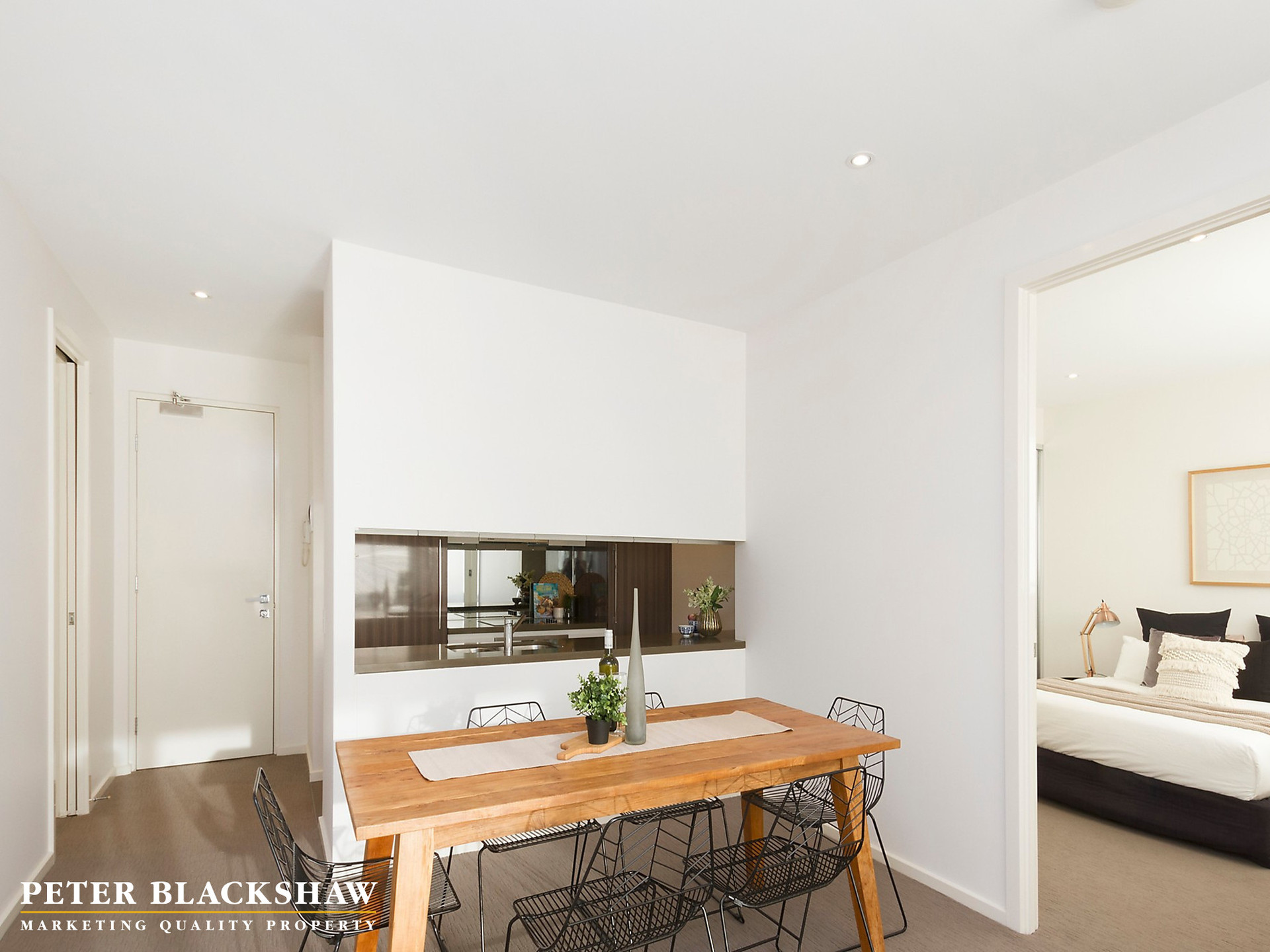 5314 New South Wales Crescent, Forrest Act 2603  Apartment