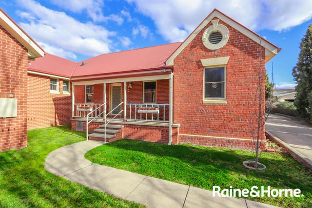 2/56 Morrisset Street, Bathurst NSW 2795