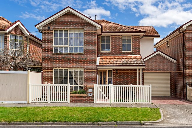 5 Hillview Avenue, Pascoe Vale South VIC 3044