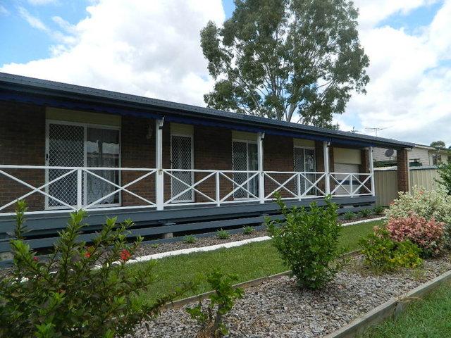 1 Helen Street, North Booval QLD 4304