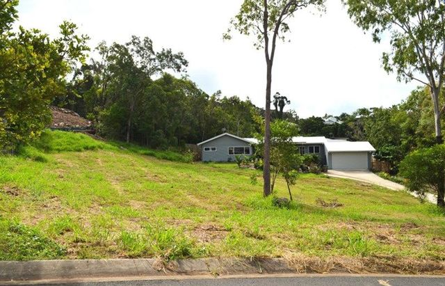 10 Rainbow Place, QLD 4802