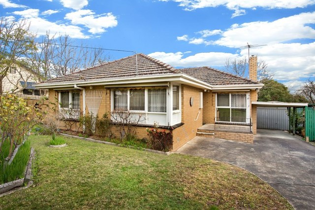 17 Shasta Avenue, Ringwood East VIC 3135