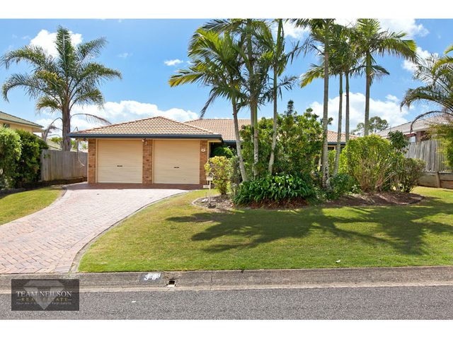 38 Crossley Drive, Wellington Point QLD 4160