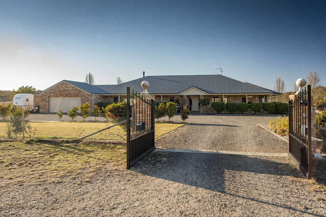 100 Whiskers Creek Road, NSW 2620