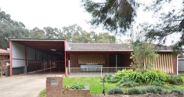 3 Swan Street, Ashmont NSW 2650