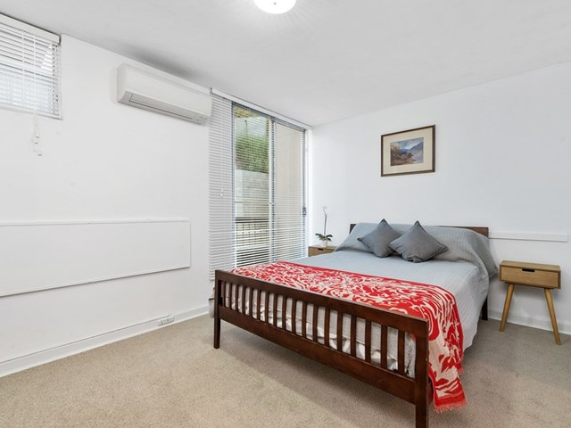 410/130A Mounts Bay Rd, Perth WA 6000