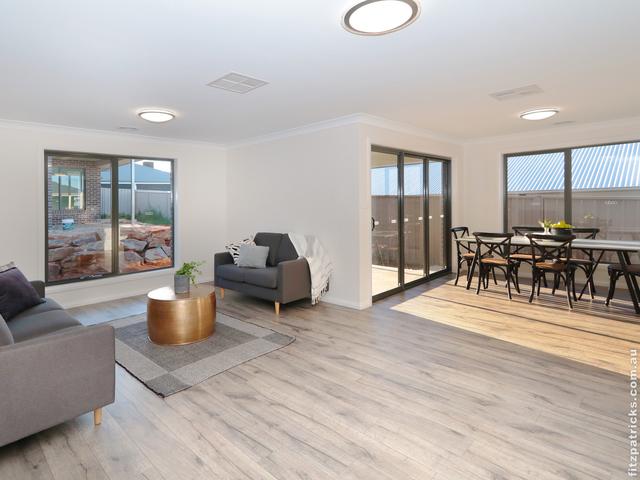 1/10 Waterhouse Avenue, Lloyd NSW 2650