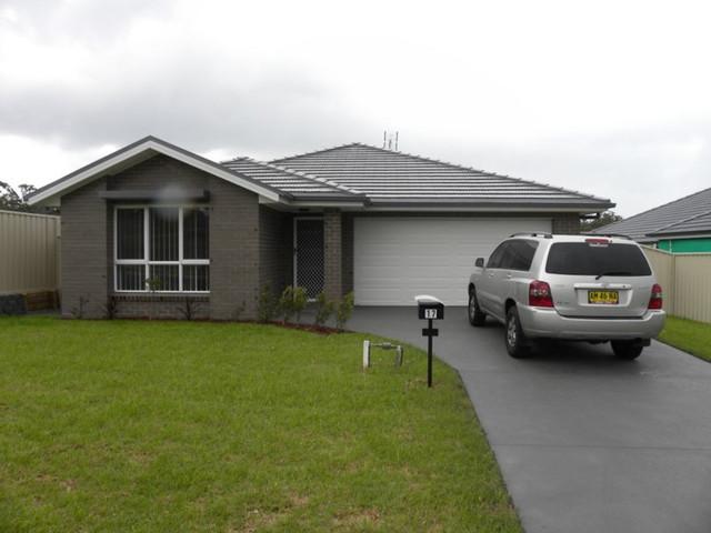 17 Mornington Circuit, Gwandalan NSW 2259