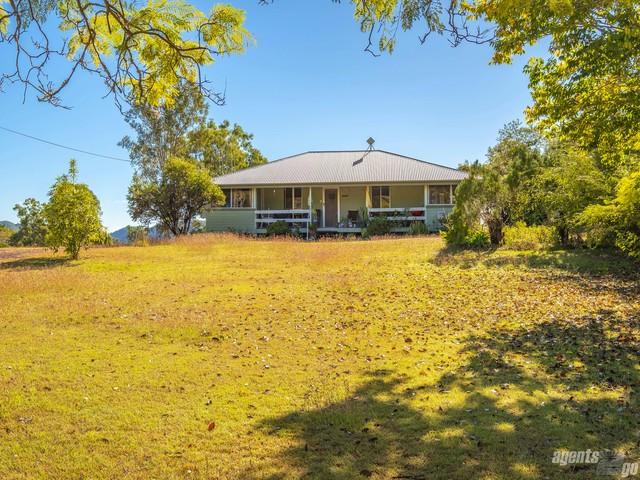 12 James St, Kilkivan QLD 4600